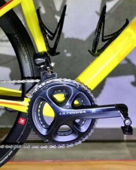 BMC Roadmachine Disc 02 Ultegra Di2 Carbon 2017 Tamanho 51, Peso 8,3 Kg.