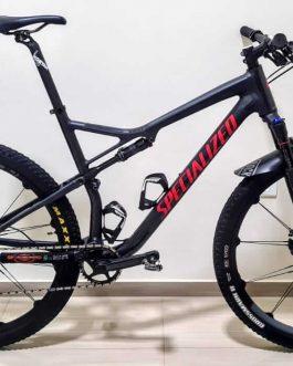 Specialized Epic Comp 2018 Tamanho XL (21), Peso aproximado 12,7 kg.
