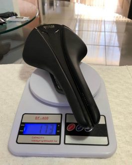 Selim Fizik Antares R1 Versus Evo Carbon 152mm, Peso 173 g, Usado.