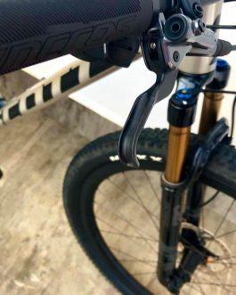 Scott Spark RC 900 SL AXS Carbon 2020 Tamanho M (17), Nota Fiscal, Peso 9,5 Kg.