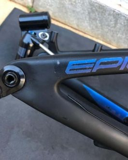 Quadro Specialized Epic Pro 2018 tamanho 19, Aprox. 2,1 kg.