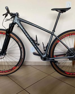 Specialized Epic Hardtail Expert Carbon 2018 Tamanho M (17), Nota Fiscal, Peso Aprox. 9,8 Kg.