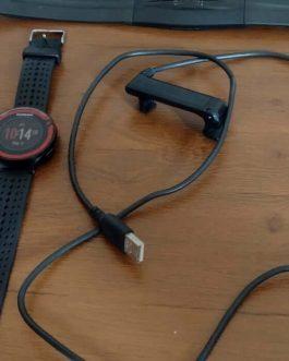 Relógio Garmin Forerunner 220, Peso Aprox. 40,7 g , Usado.