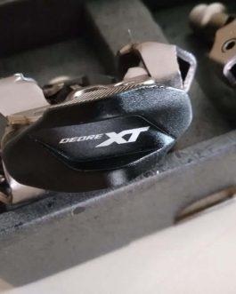 Pedais Shimano Deore XT PD-M8100 MTB, Peso Aprox 342 g o par, Novo.