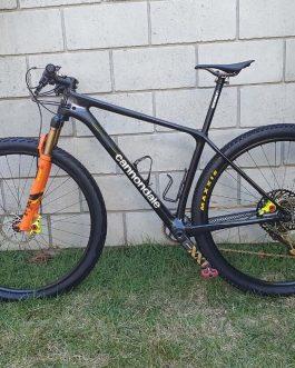 Cannondale F-SI Carbon 5 2020 Tamanho M (17), Nota Fiscal, Peso Aprox 8,95 Kg sem pedais, Usada.