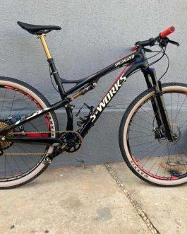 Specialized S-Works Epic FSR Carbon 2013 Tamanho L (19), Nota Fiscal, Peso Aprox. 11,5 kg com pedais, Usada.
