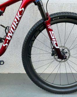 Specialized Epic S-Works Carbon 2021 Tamanho S (15), Nota Fiscal no nome do comprador, Peso Aprox. 9,75 kg, Usada.