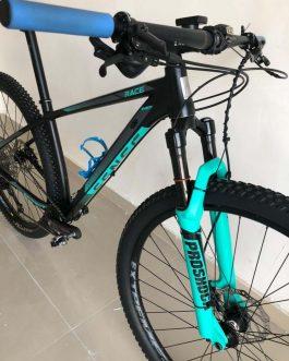 Sense Impact Race 2019 Tamanho M (17), Nota Fiscal no nome do comprador, Peso Aprox. 12 Kg, Usada.
