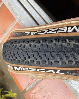 Pneu Vittoria Mezcal XC Race Graphene 2.0, Aro 29×2,25, Peso Aprox. 700 g, Usado.