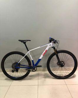 Caloi Elite Carbon Team 2021 Tamanho M (17), Nota Fiscal, Peso Aprox. 9 kg, Usada.